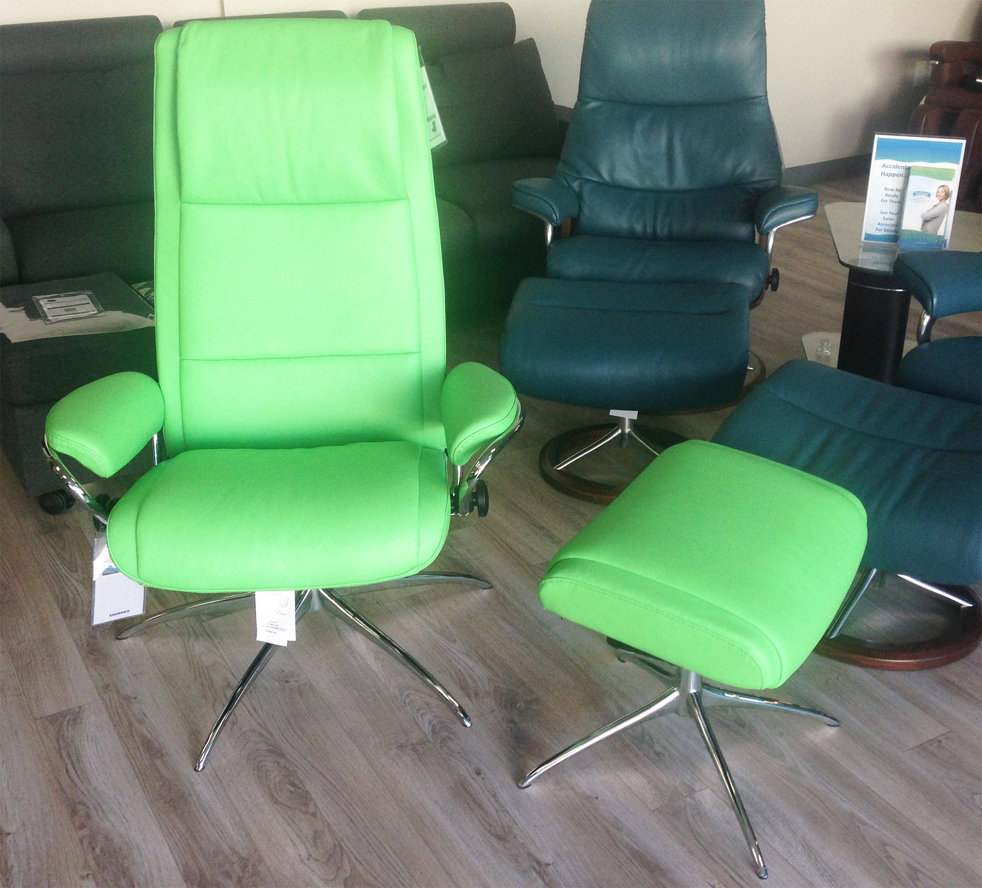 Stressless Paris Paloma Summer Green Leather Recliner Chair And Ottoman