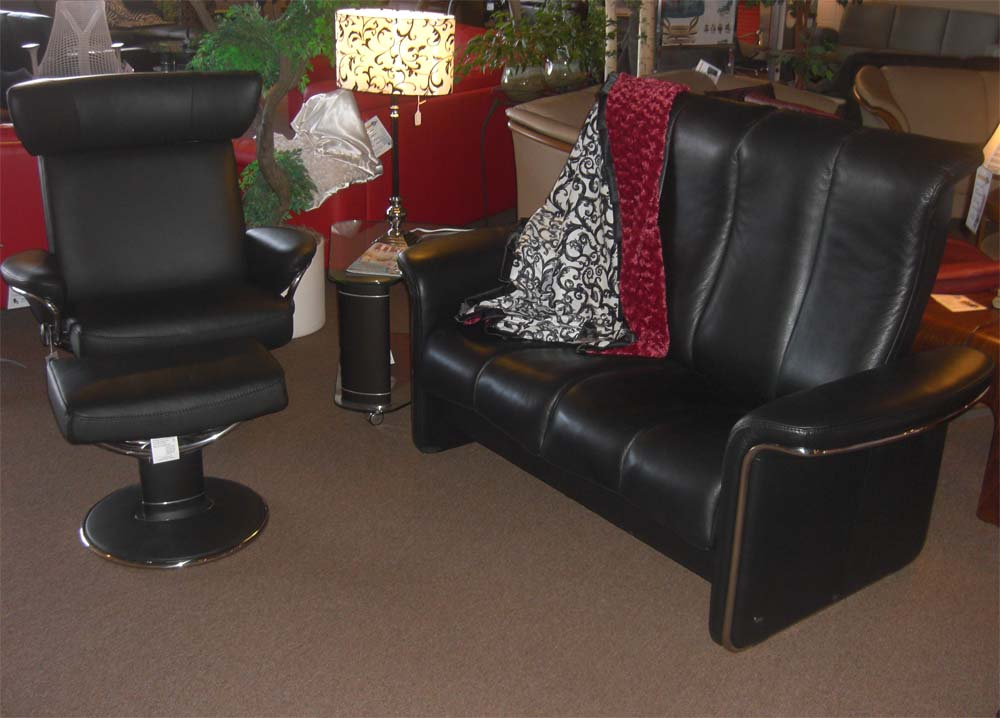 stressless large jazz leather recliner and ottoman by ekornes - Stressless Chair