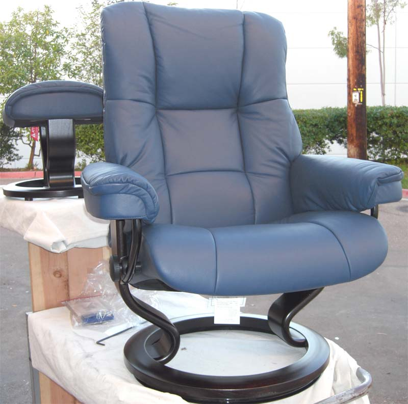Stressless Royal Chair Paloma Oxford Blue ReclinerLeather Color Recliner  Chair And Ottoman From Ekornes