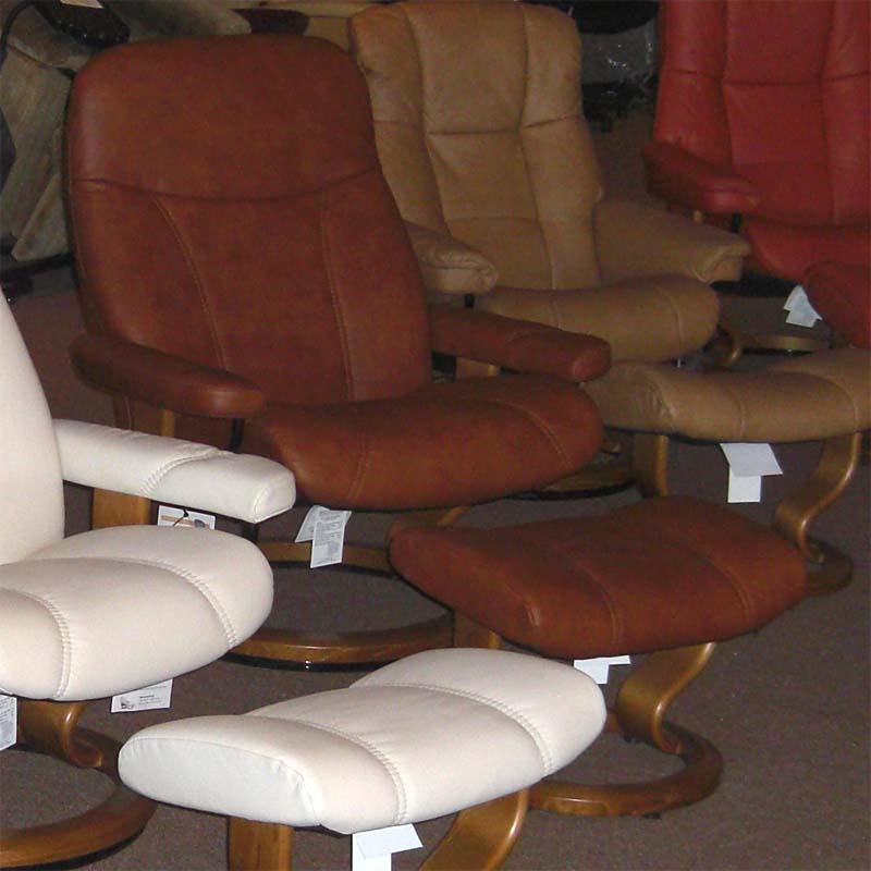 stressless ambassador caramel batick leather chair recliner and ottoman by ekornes - Stressless Chair