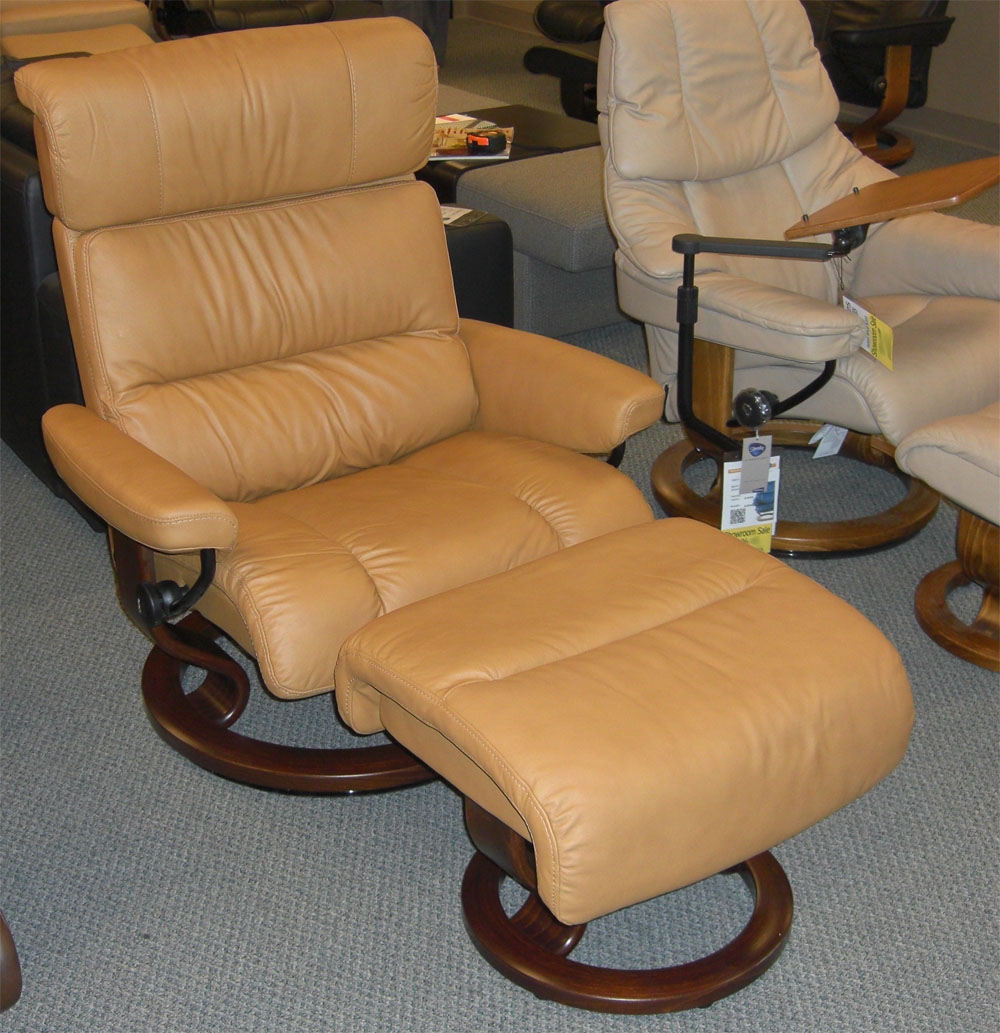 Attractive Stressless Paloma Tan Leather Color Recliner From Ekornes