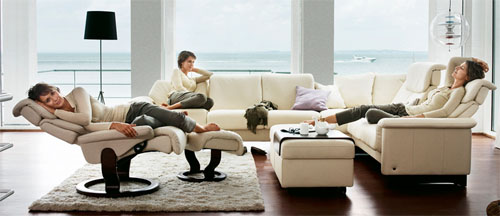 Stressless Paradise Sectional in Paloma Kitt Leather Sofa by Ekornes
