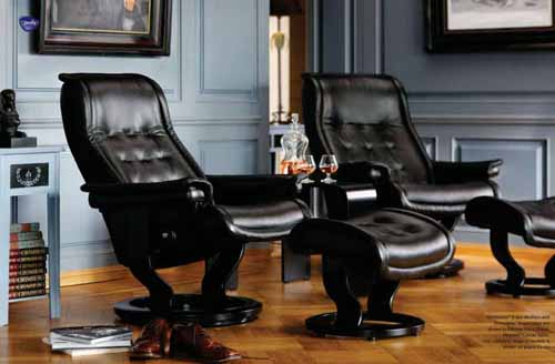 Stressless Royal Leather Recliner Chair  and Ottoman - Stressless Royal Recliner Black Leather by Ekornes