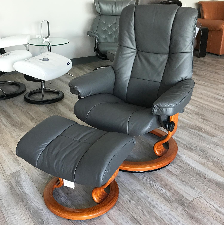 stressless kensington large mayfair paloma rock leather recliner