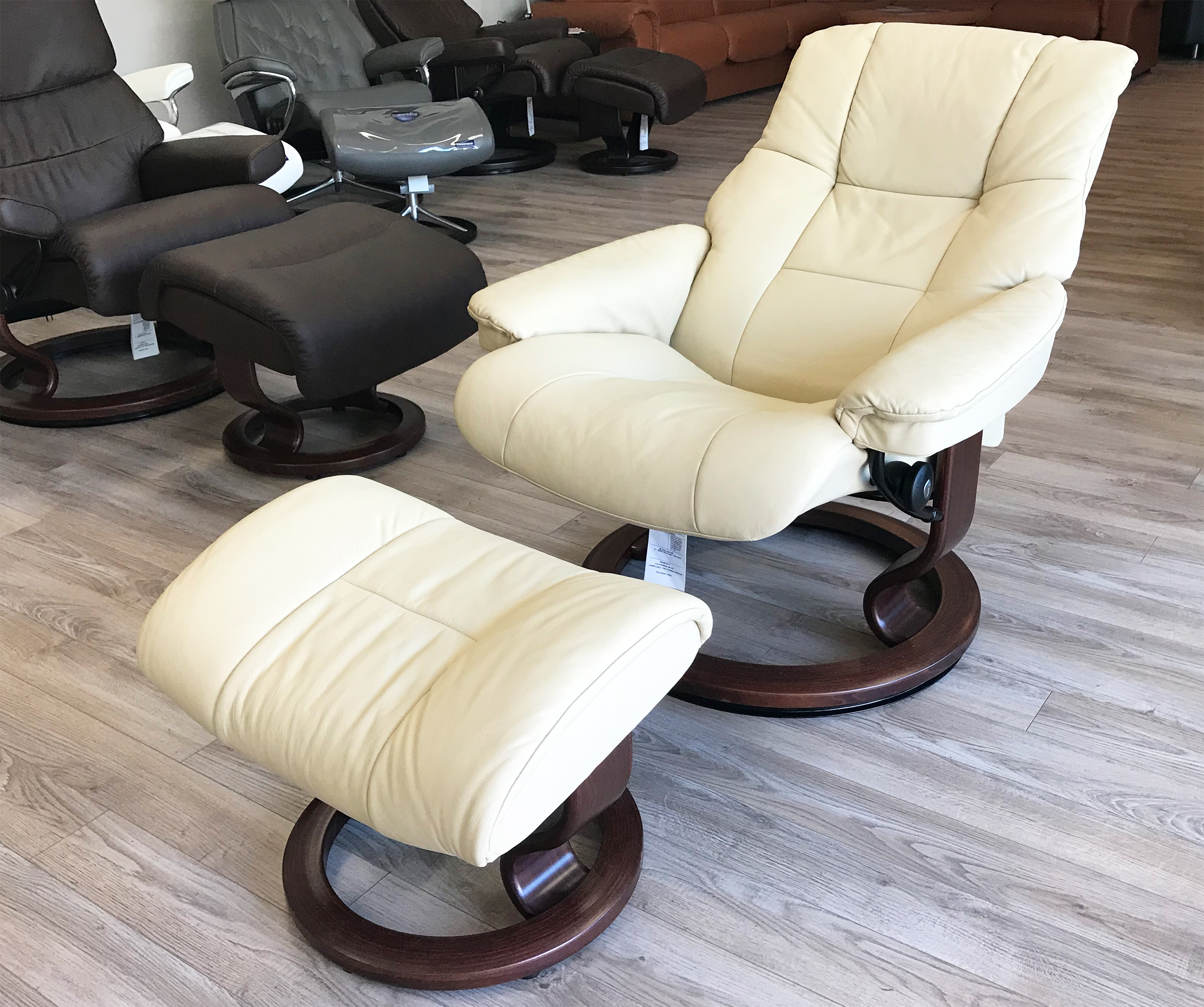 set with italsofa natuzzi chair recliner leather chairish and product ottoman
