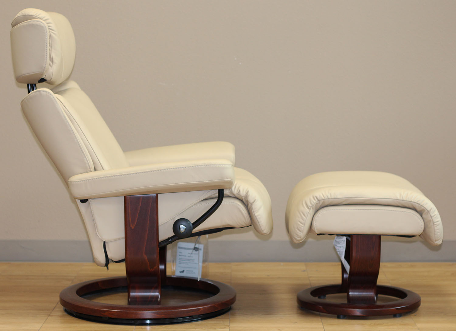 Stressless Magic Paloma Camel 09487 Leather Chair From Ekornes