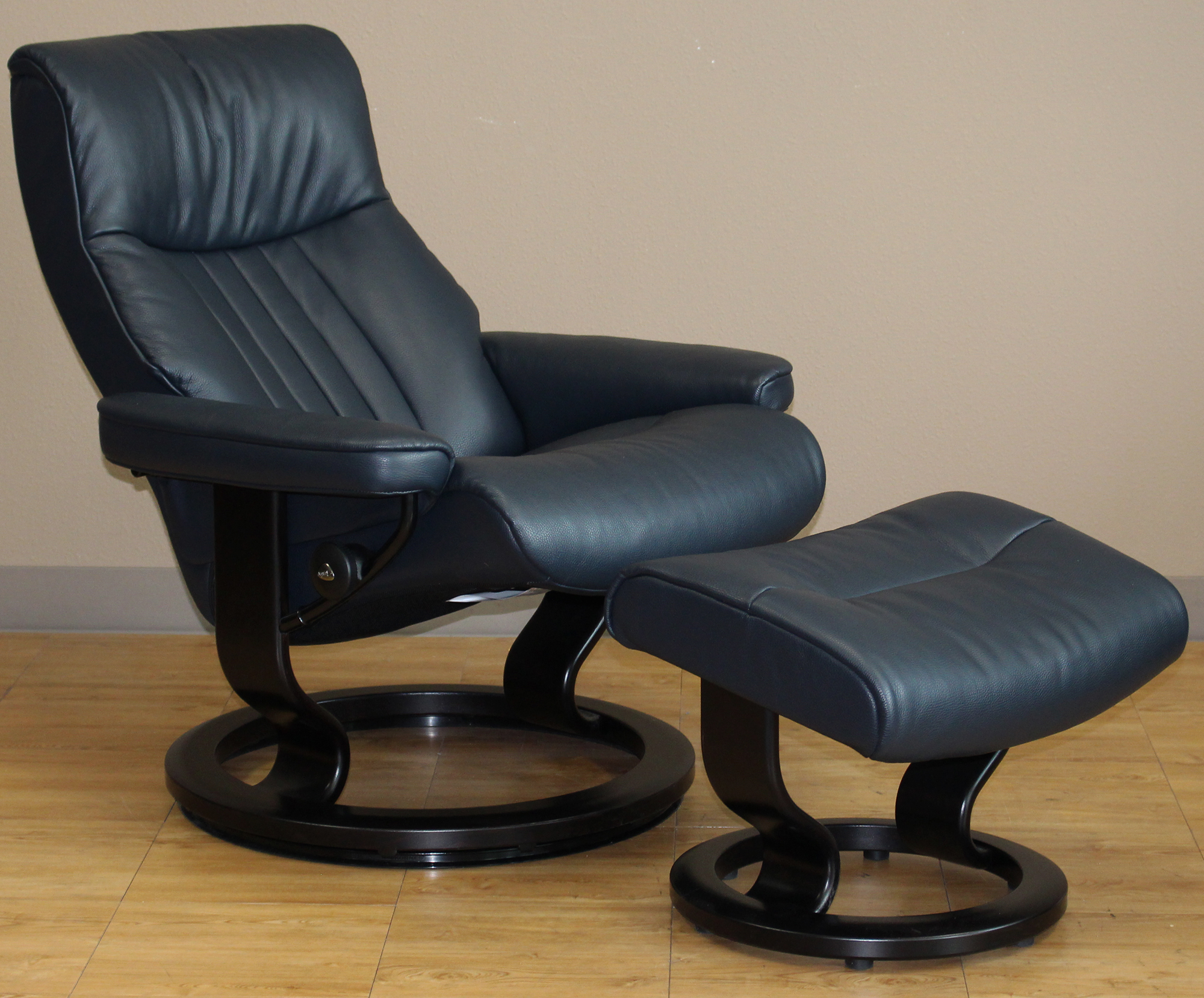 stressless cori black 09119 leather by ekornes stressless cori