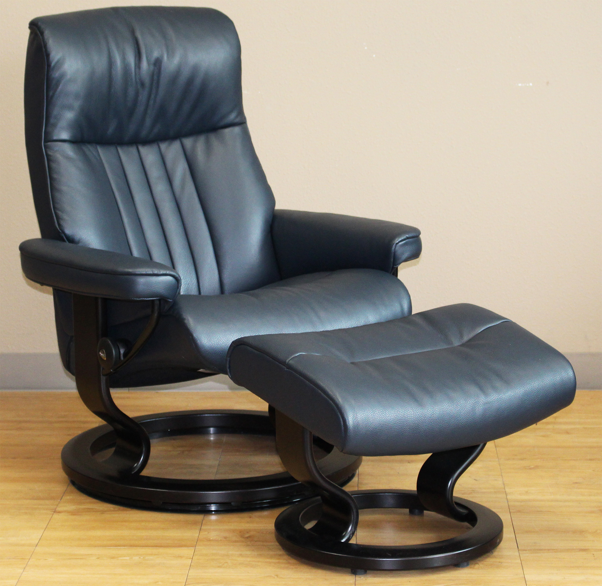 Stressless Crown Cori Blue Leather Recliner Chair